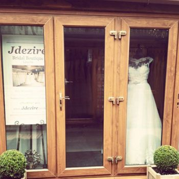 wedding dress shop Lincoln entrance